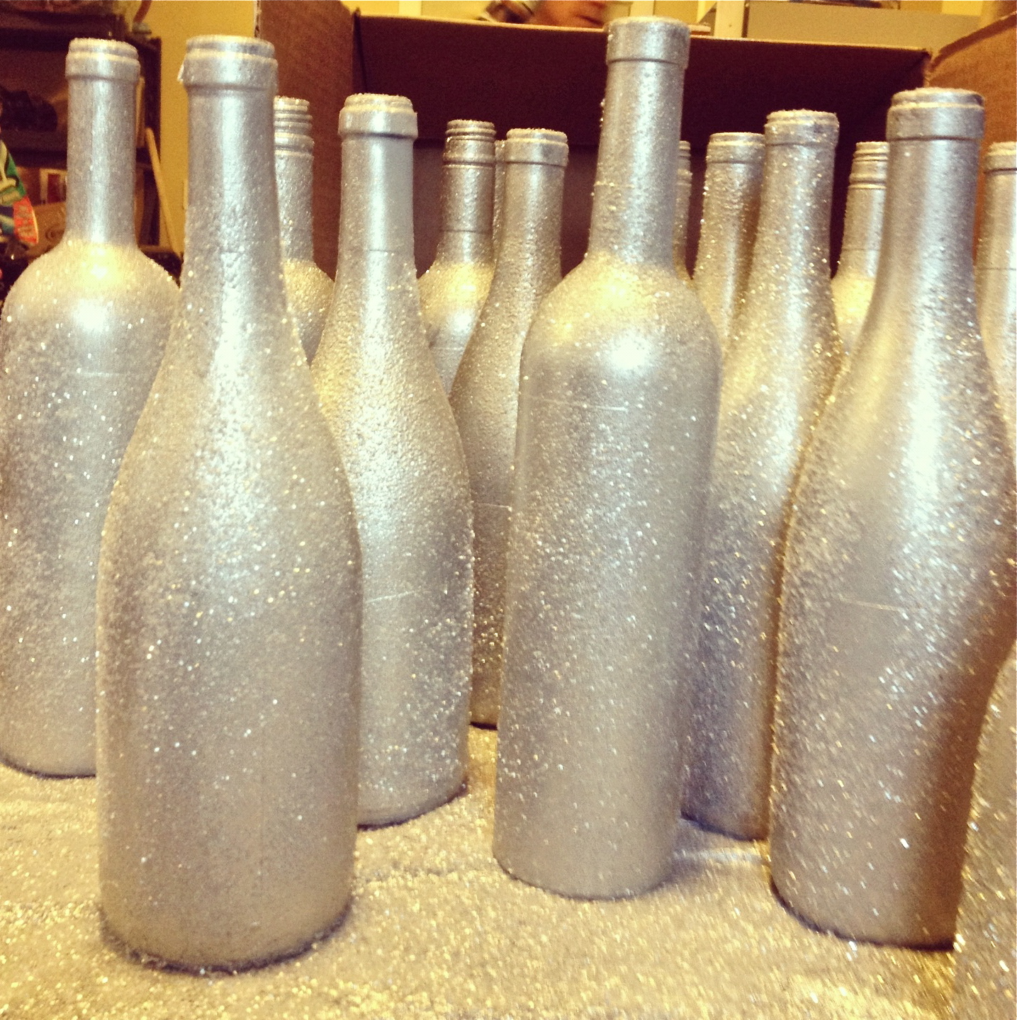 tutorial diy holiday wine bottle vases sorella salon spa